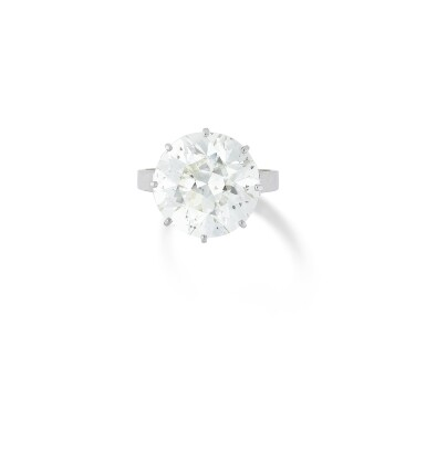 View 1. Thumbnail of Lot 27. BAGUE DIAMANT    DIAMOND RING.
