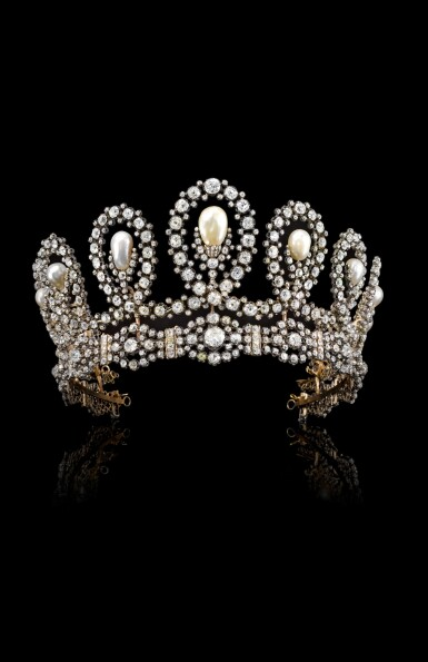 View 6. Thumbnail of Lot 180. Musy | Magnificent and Historic Natural pearl and diamond tiara/necklace, second half of the 19th century | Musy | 天然珍珠配鑽石王冠/項鏈,十九世紀下半葉,具歷史價值.