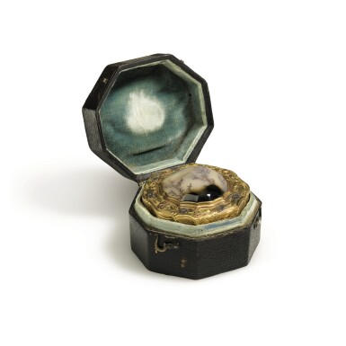 View 1. Thumbnail of Lot 26. A three-colour gold and hardstone snuff box, Paris, 1756.