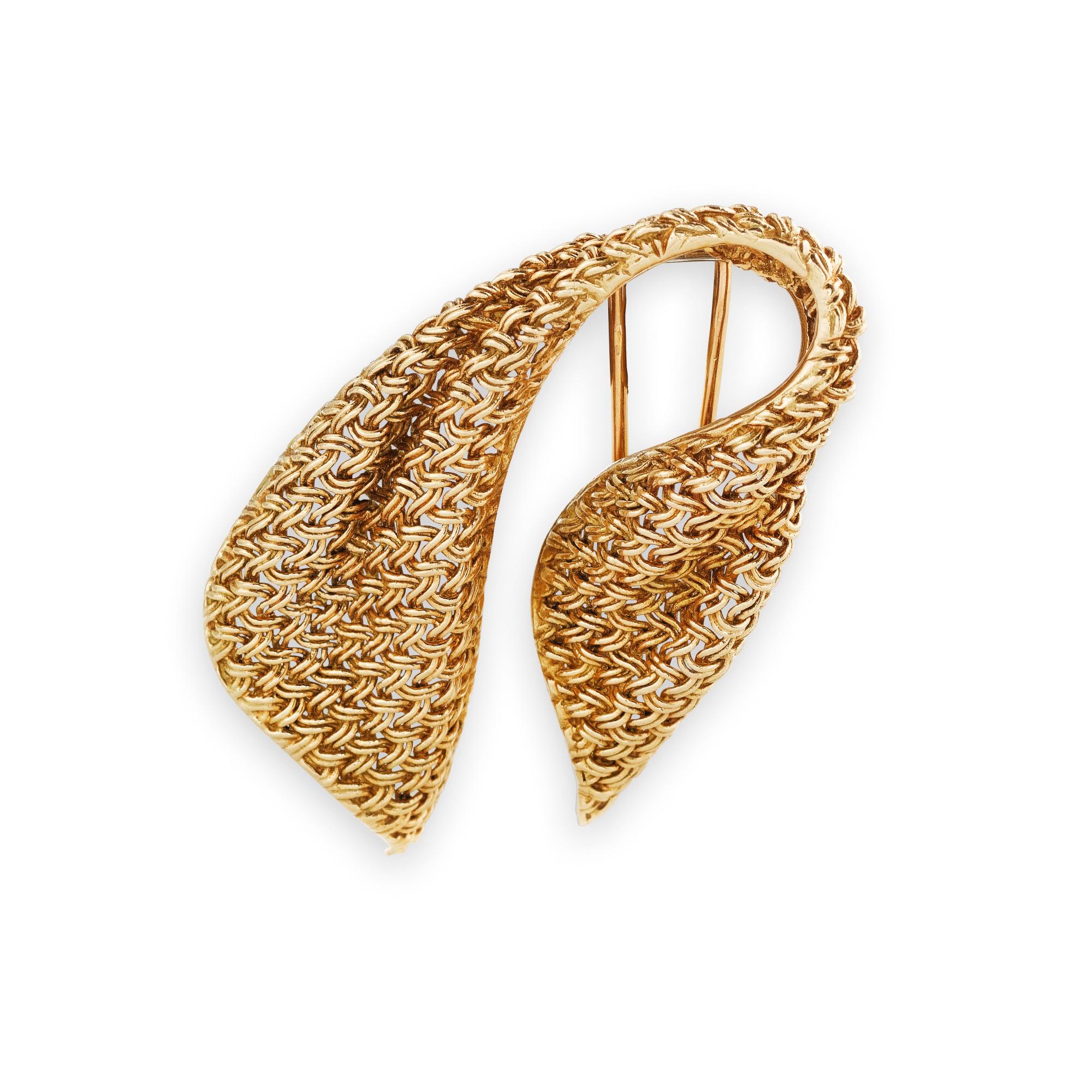 Mauboussin, Gold brooch [Broche en or], 1950s [vers 1950]